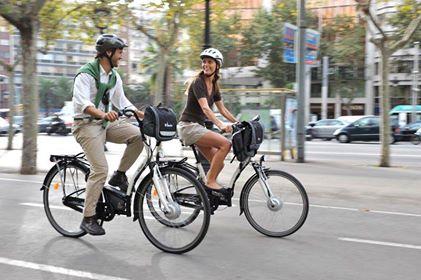 velo electrique de ville avec un couple